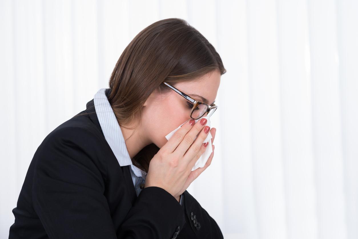 Muitas pessoas têm irritações nasais e não sabem a diferença entre rinite e sinusite. Saiba distinguir os sintomas e como combatê-los.