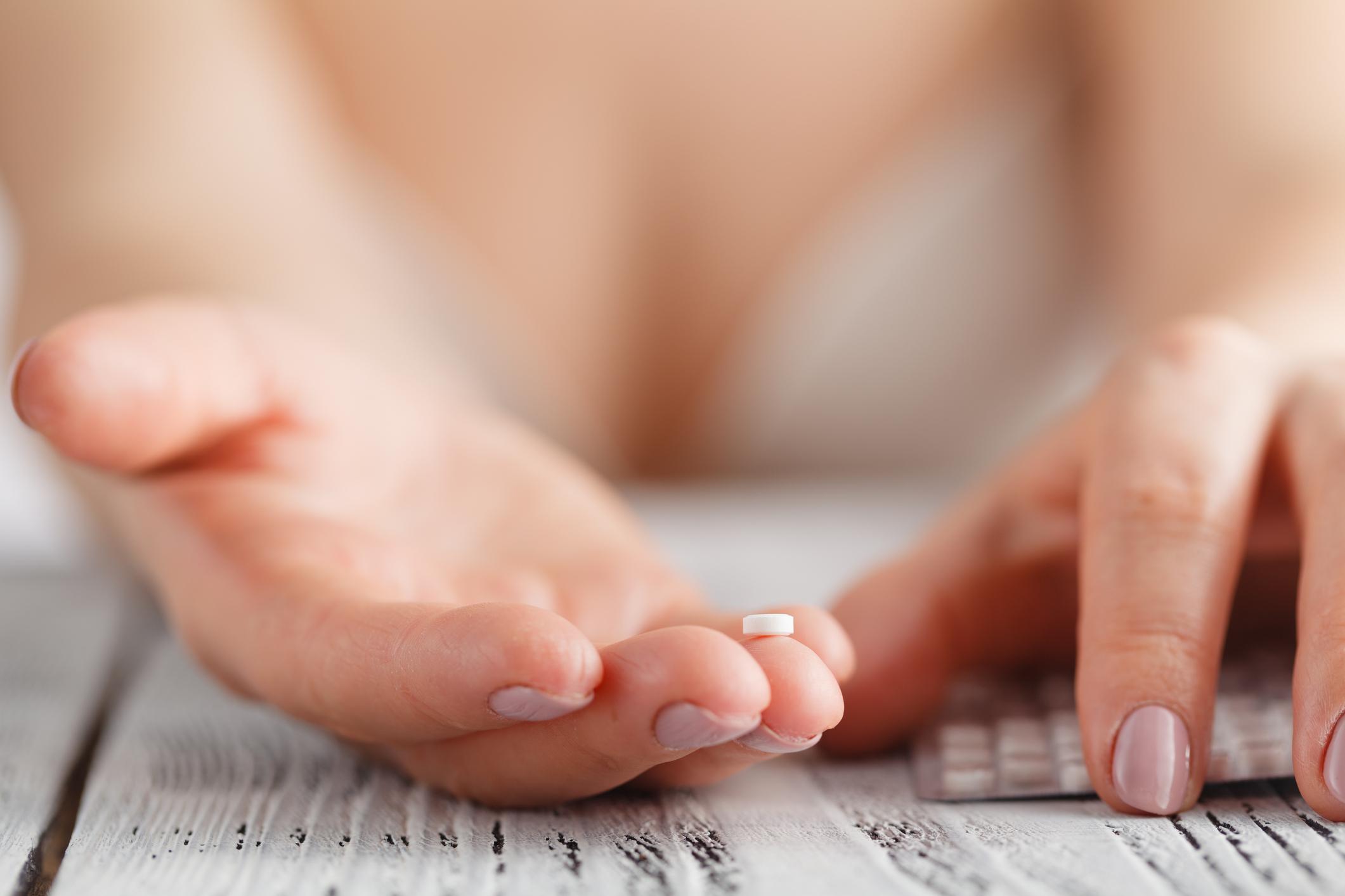 A pílula anticoncepcional ainda gera muitas dúvidas do público feminino. Veja os mitos e verdades sobre um dos métodos contraceptivos mais utilizados.